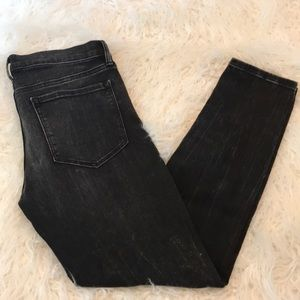 BANANA REPUBLIC BLACK DISTRESSED SKINNY ANKLE JEAN